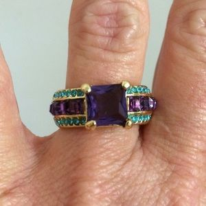 Gorgeous Betsey Johnson blue and purple ring